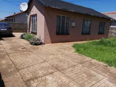 Property For Sale in Clayville Ext 26, Olifantsfontein