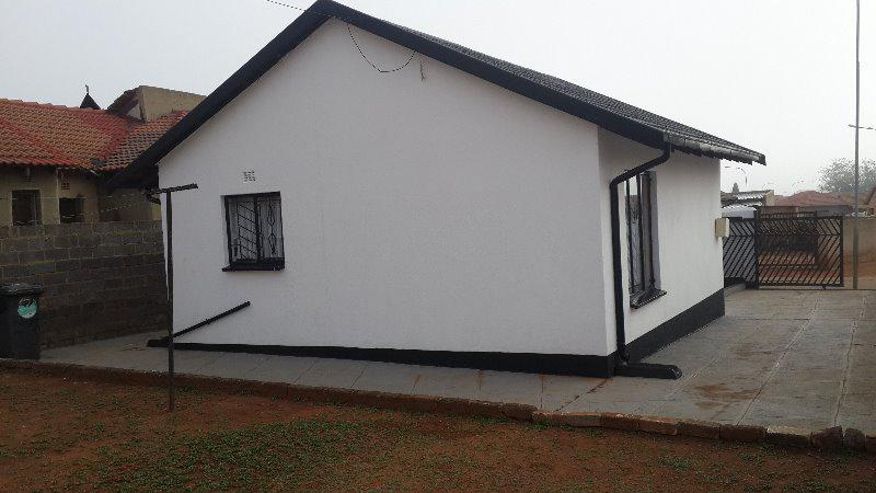 Property For Sale in Klipspruit Ext, Soweto 2