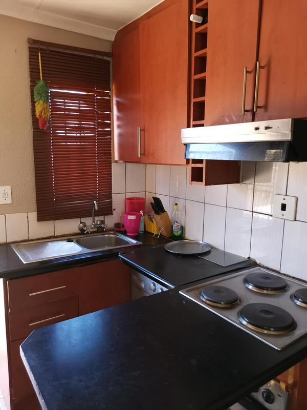 Property For Sale in Clayville Ext 26, Olifantsfontein 6