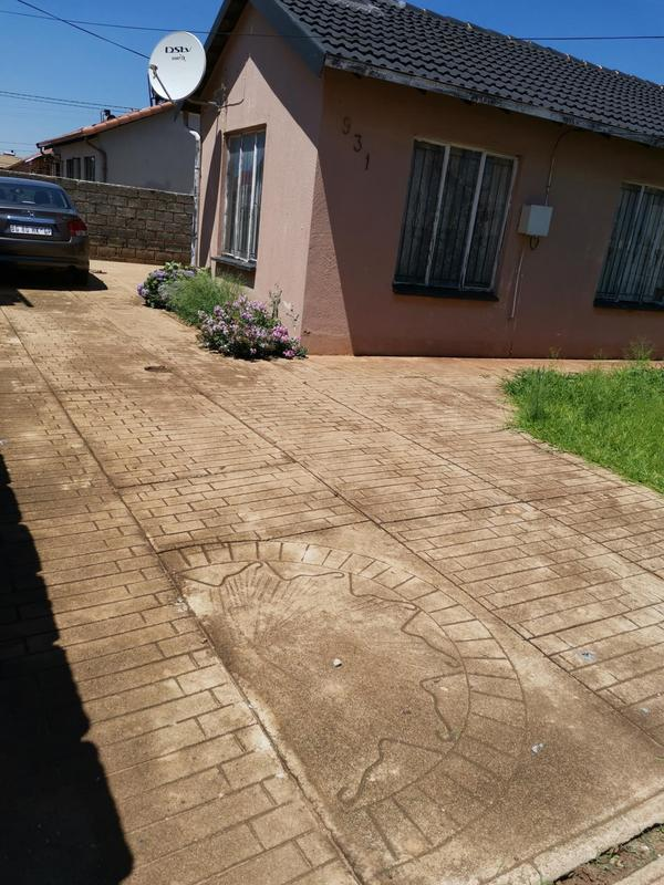 Property For Sale in Clayville Ext 26, Olifantsfontein 3