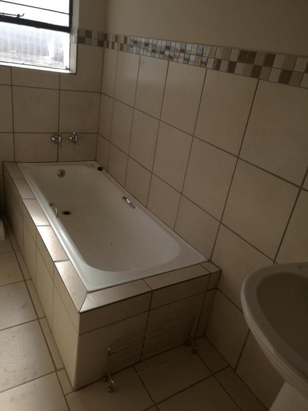 Property For Sale in Vosloorus, Vosloorus 5