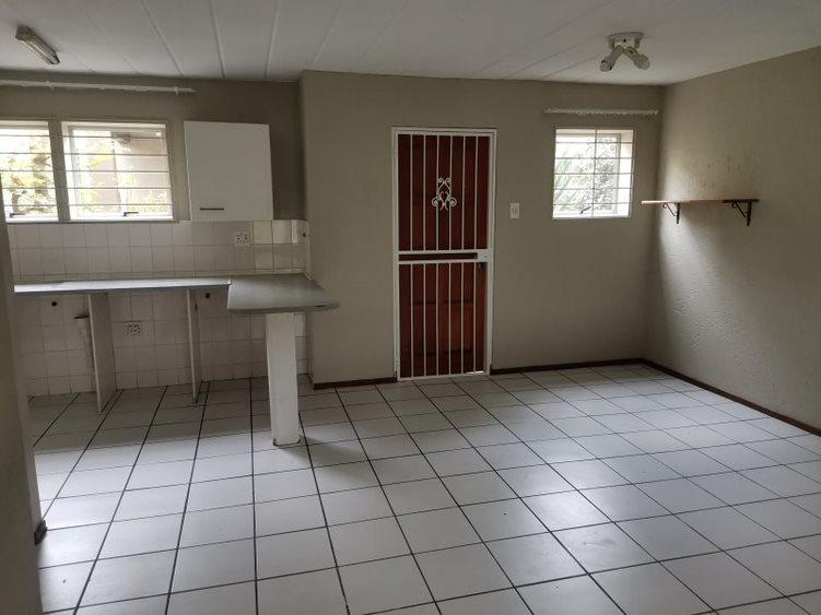 Property For Rent in Sandton CBD, Sandton 7